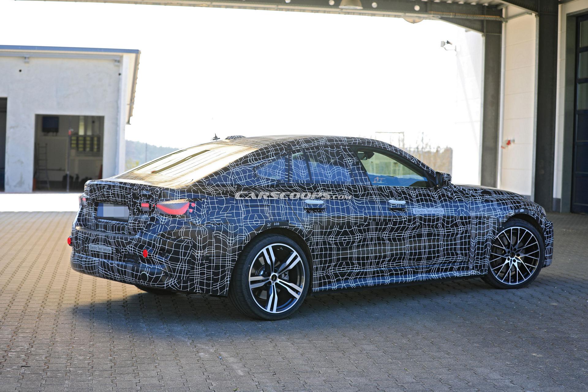 З'явились подробиці про новий електромобіль BMW i4